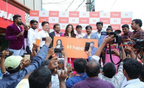 Tamannaah Launches Happi Mobiles Showroom At Bheemavaram