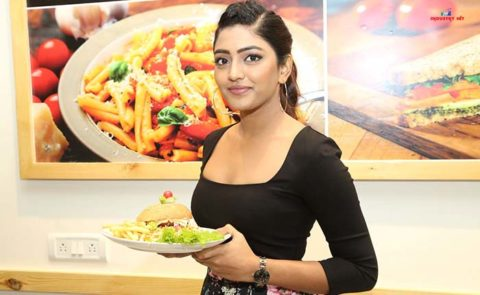 Eesha Rebba Launched Cafe Chef Bakers at Q City Gachibowli  – Pics