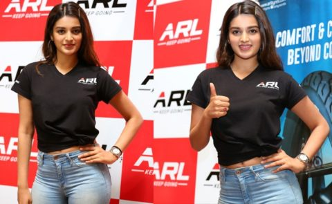 Nidhhi Agerwal At Jeeto Shaan Se Contest Launch – Pics