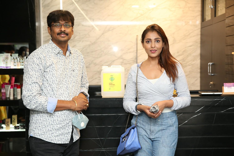 Actress Madhu Shalini stands in support Godrej Suraksha Program
